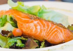 Lebensmittel ohne Kohlenhydrate Fisch