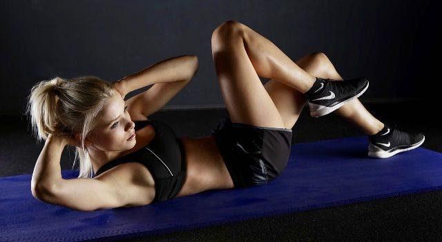 Abnehmen am Bauch mit Bauchtraining